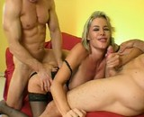 Tlcharger porno Trio hot avec une bombe mature aux gros seins